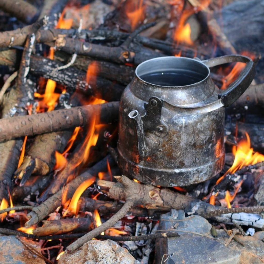 ateş üstü çaydanlık
